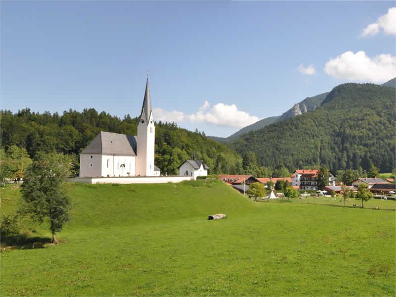 Leonhardi-Kirche Kreuth